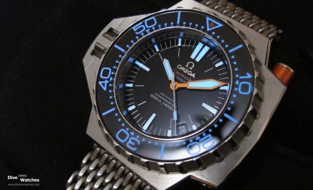 Omega_Seamaster_PloProf_1200_Front_Reflection_Lume