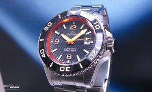 Delma_Santiago_Blue_Shark_Diver_3000_Blue_Front_Baselworld_2011