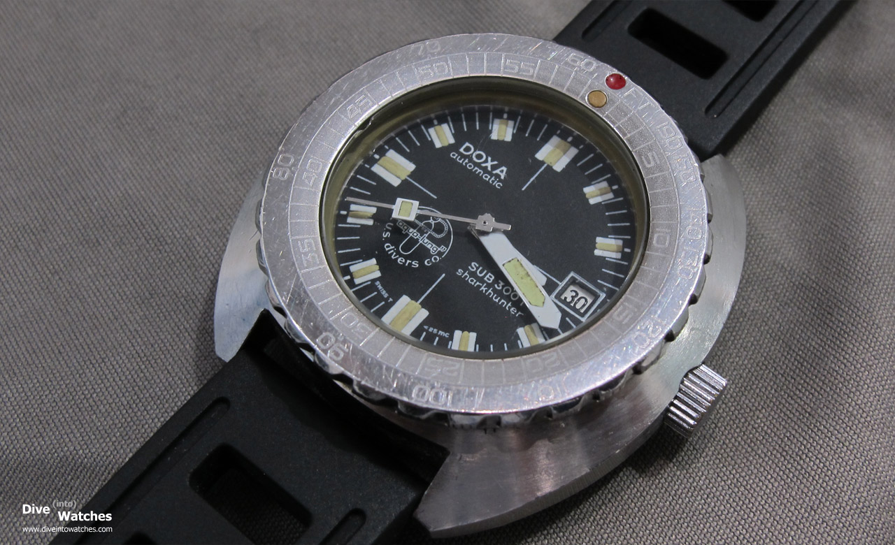 Doxa_Vintage_Sub_300T_Sharkhunter_Aqualung_Cousteau_Front_Baselworld_2014