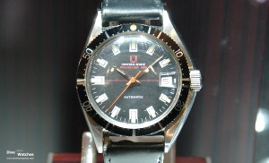 Universal_Geneve_Vintage_Polerouter_Sub_1963_Front_Baselworld_2007