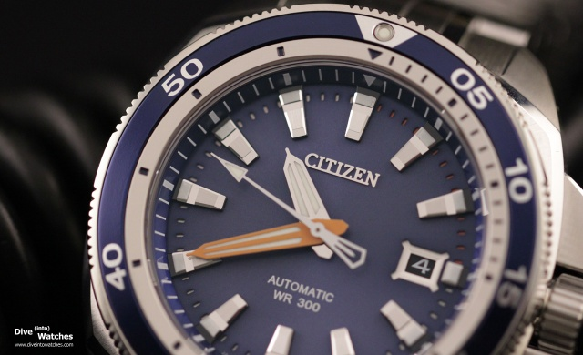 Citizen_Signature_Collection_Grand_Touring_Dive_Watch_300_Blue_Dial_Whole