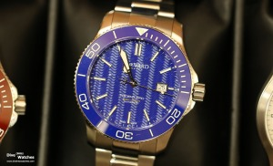 Christopher_Ward_Trident_Pro_Blue_Front_Windup_2015