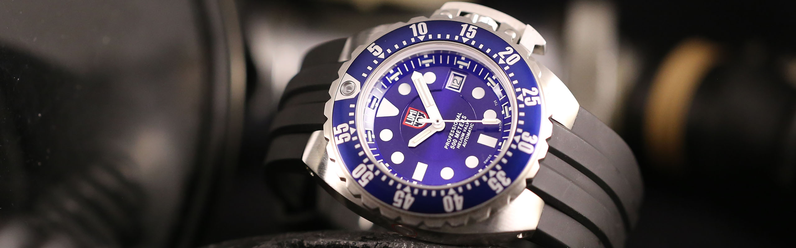 Luminox_Deep_Dive_1500_Blue_Header_1_2015