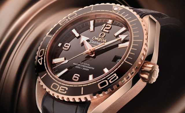 Omega_Seamaster_PO_Master_Brown_Dial_Closeup_Press_White