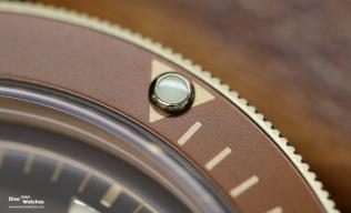 Close-Up der Leuchperle auf dem Drehring