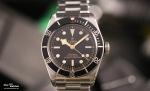 tudor_heritage_black_bay_black_79230n_bracelet_frontal